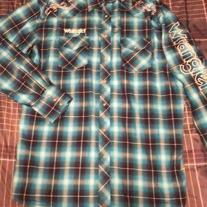 Embroidered Wrangler Dress Shirt
